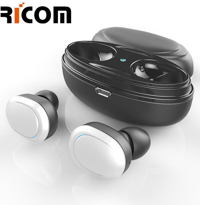 Automatic pairing earphone BTH-215